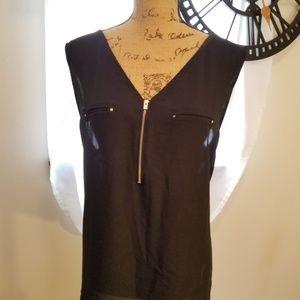 Front zipper top